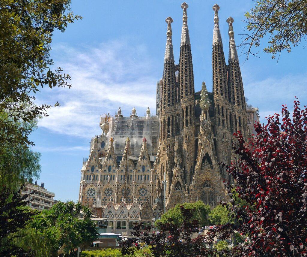 sagrada familia, cathedral, architecture